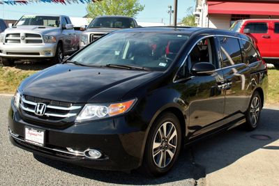 2016 Honda Odyssey 5dr Touring Elite - Click to see full-size photo viewer