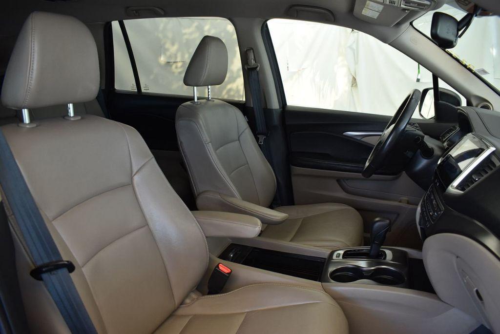 2016 Honda Pilot 2WD 4dr EX-L - 18246524 - 25