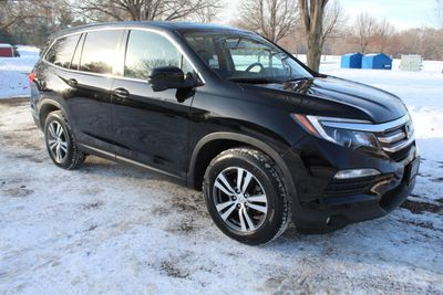 2016 Honda Pilot EXL LEATHER NAVIGATION MOONROOF  3RD ROW SEATING SUV