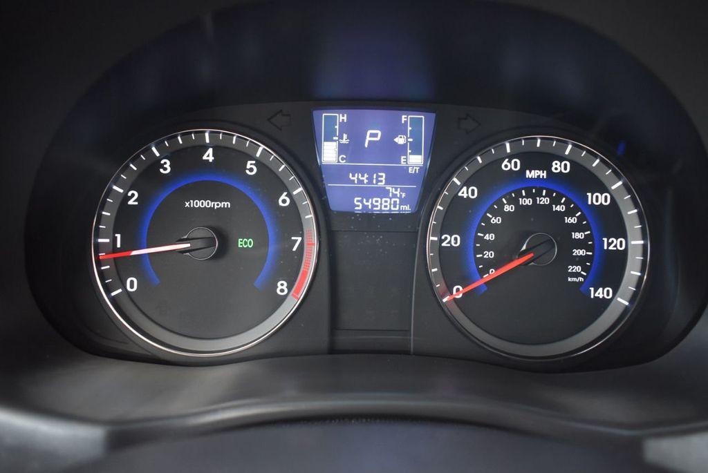 2016 Hyundai Accent 4dr Sedan Automatic SE - 18302904 - 16