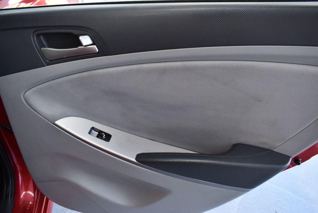 2016 Hyundai Accent 4dr Sedan Automatic SE - 18302904 - 21