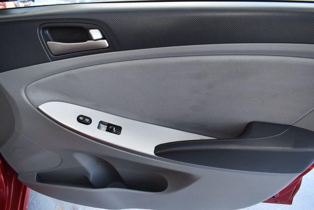 2016 Hyundai Accent 4dr Sedan Automatic SE - 18302904 - 23