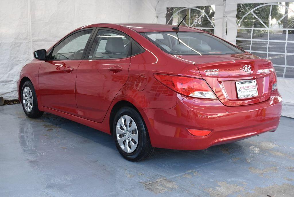 2016 Hyundai Accent 4dr Sedan Automatic SE - 18302904 - 5