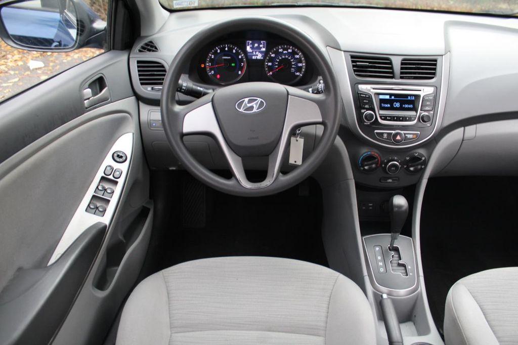 2016 Hyundai Accent 4dr Sedan Automatic SE - 19480628 - 11
