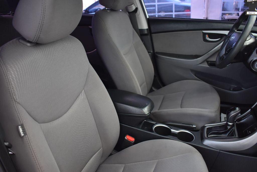 2016 Hyundai Elantra  - 18551302 - 16