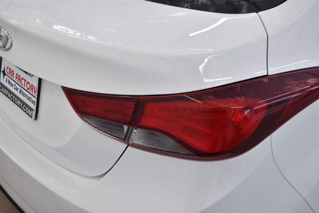 2016 Hyundai Elantra  - 18551302 - 1
