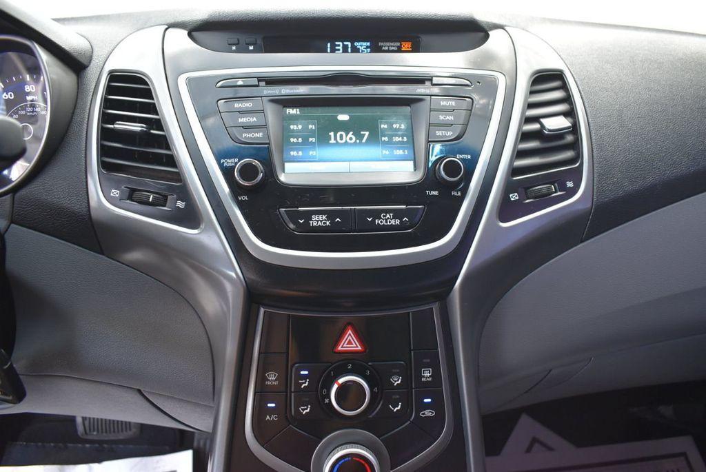 2016 Hyundai Elantra  - 18551302 - 22