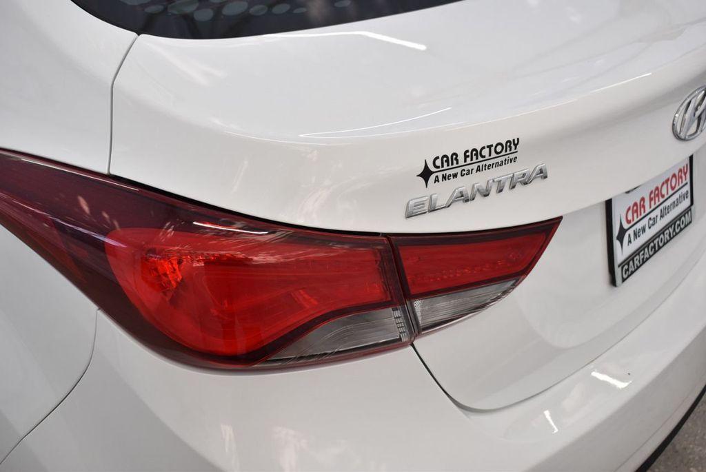 2016 Hyundai Elantra  - 18551302 - 4