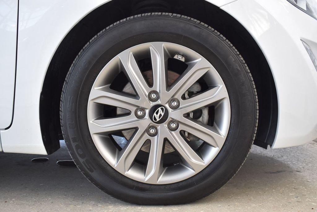 2016 Hyundai Elantra  - 18551302 - 6