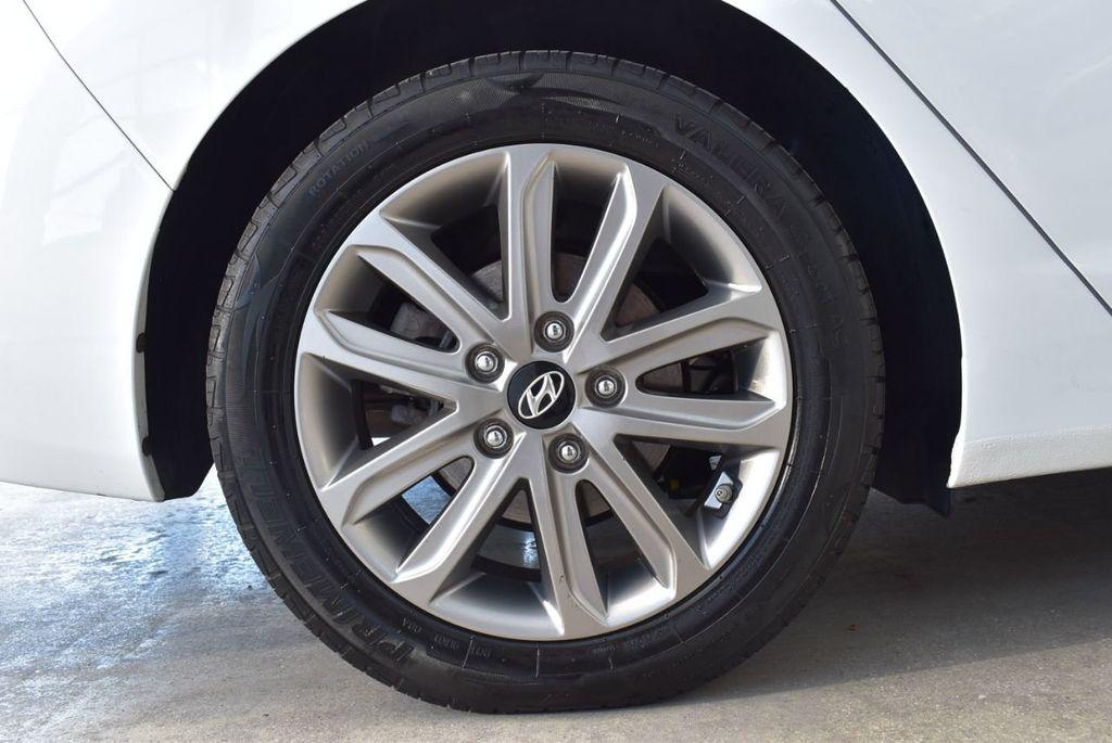 2016 Hyundai Elantra  - 18551302 - 7