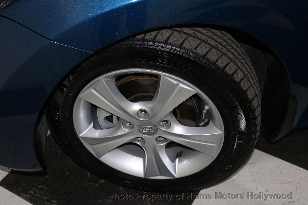 2016 Hyundai Elantra 4dr Sedan Automatic Value Edition - 18534901 - 30