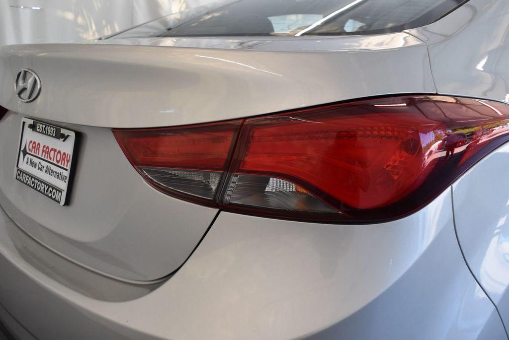 2016 Hyundai Elantra SE - 18161904 - 1
