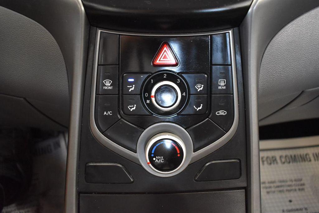 2016 Hyundai Elantra SE - 18161904 - 20