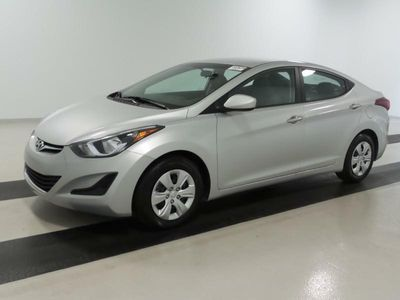 2016 Hyundai Elantra SE - Click to see full-size photo viewer