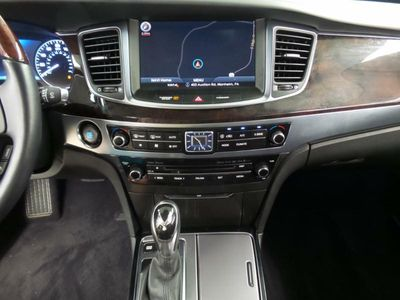 2016 Hyundai Equus 4dr Sedan Signature - Click to see full-size photo viewer