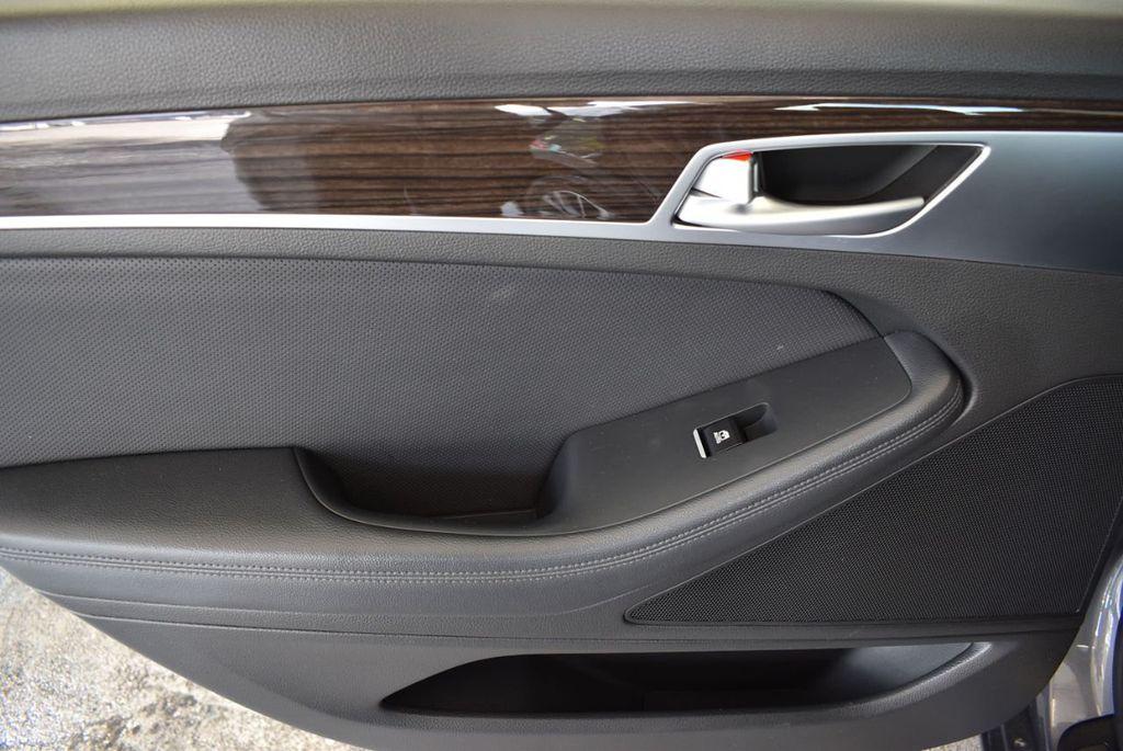 2016 Hyundai Genesis 3.8L - 18246525 - 13