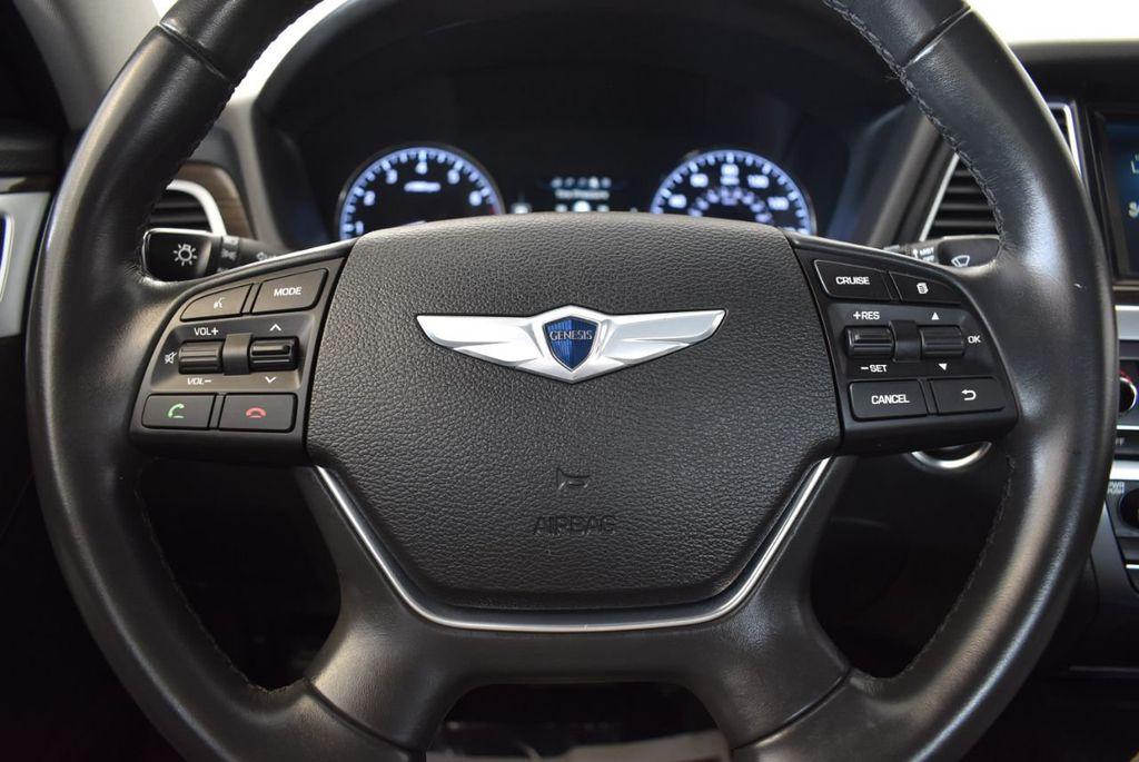 2016 Hyundai Genesis 3.8L - 18246525 - 17