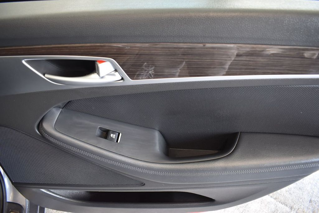 2016 Hyundai Genesis 3.8L - 18246525 - 23