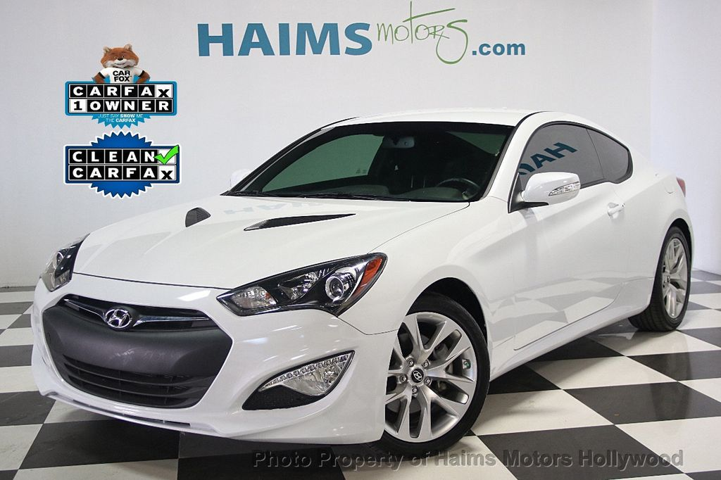 2016 hyundai genesis coupe 2dr 3 8l automatic w black seats coupe for sale in hollywood fl. Black Bedroom Furniture Sets. Home Design Ideas