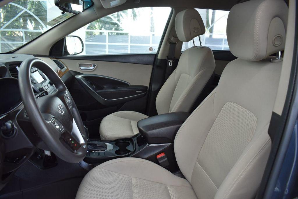 2016 Hyundai Santa Fe FWD 4dr SE - 18365124 - 14