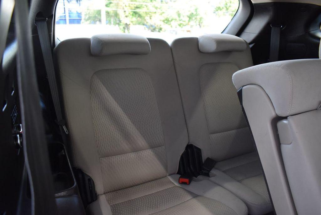 2016 Hyundai Santa Fe FWD 4dr SE - 18365124 - 17