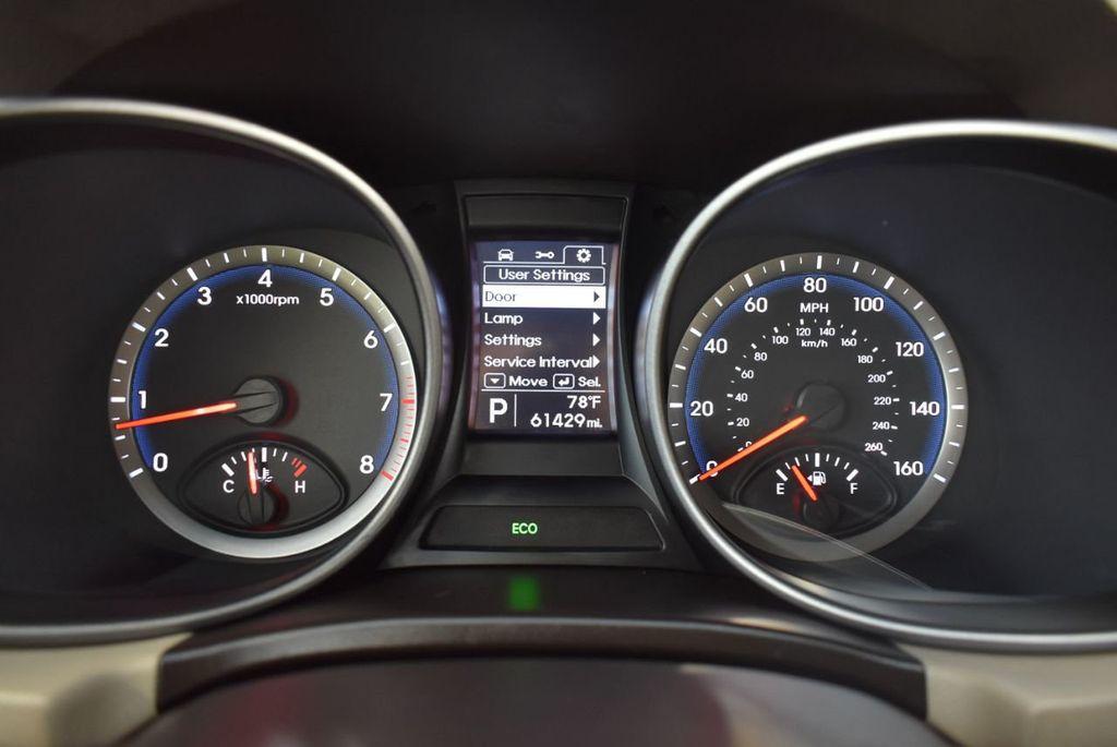 2016 Hyundai Santa Fe FWD 4dr SE - 18365124 - 21