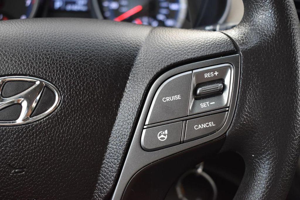 2016 Hyundai Santa Fe FWD 4dr SE - 18365124 - 23
