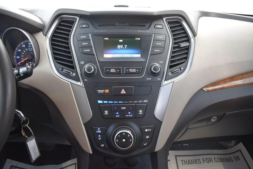 2016 Hyundai Santa Fe FWD 4dr SE - 18365124 - 25