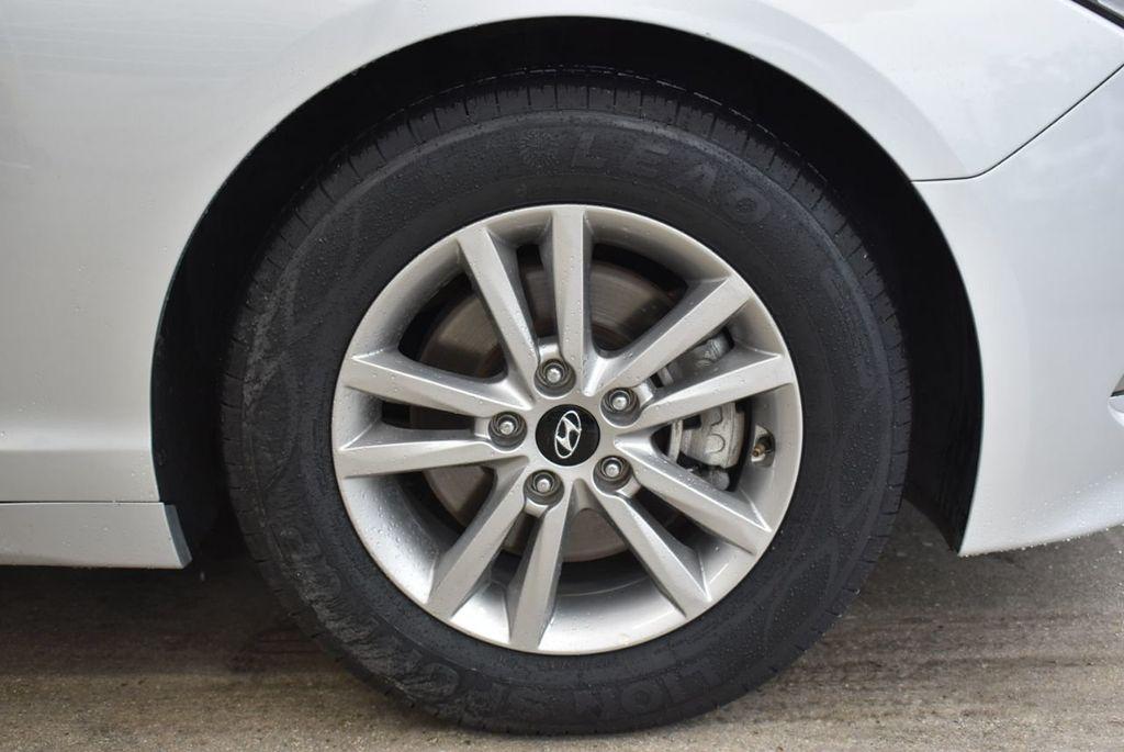 2016 Hyundai Sonata  - 18712709 - 9