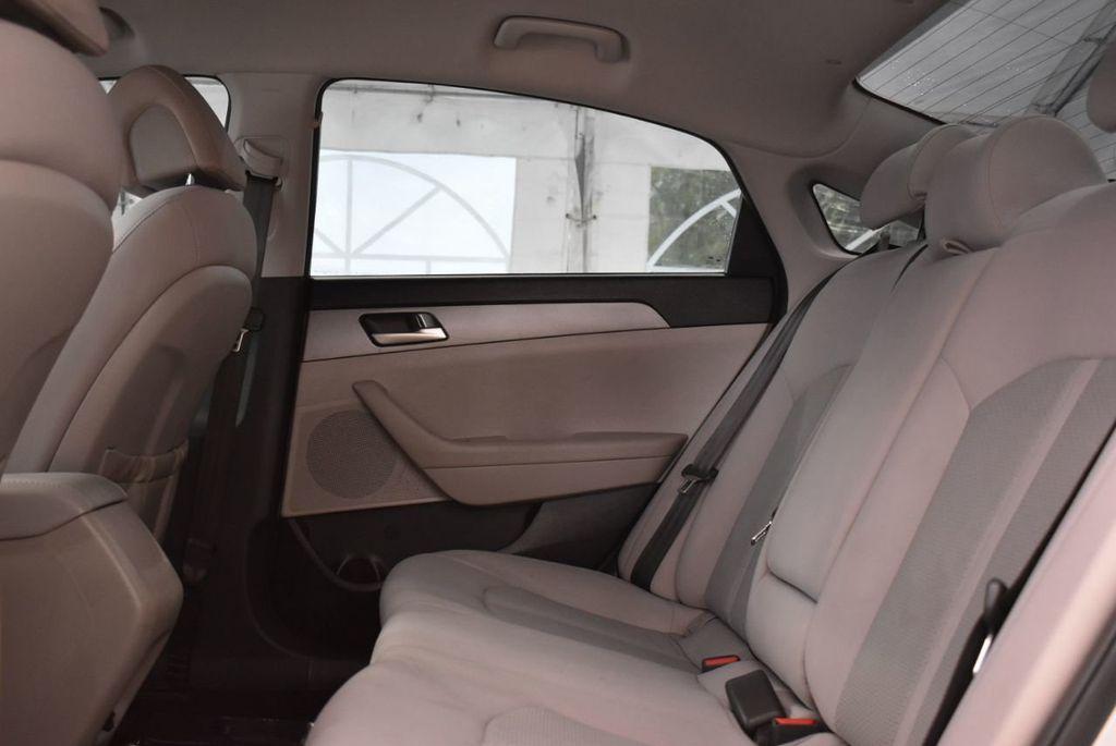 2016 Hyundai Sonata  - 18712709 - 10