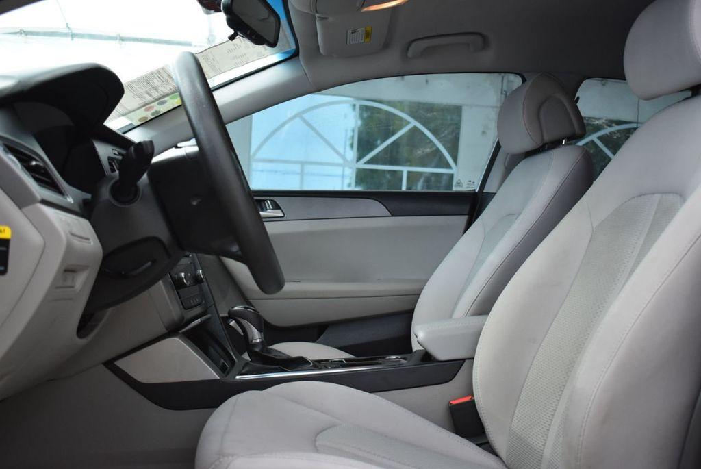 2016 Hyundai Sonata  - 18712709 - 12