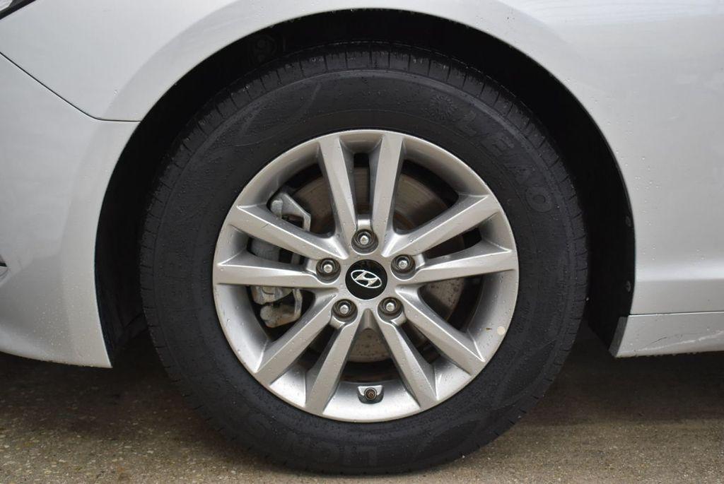 2016 Hyundai Sonata  - 18712709 - 6