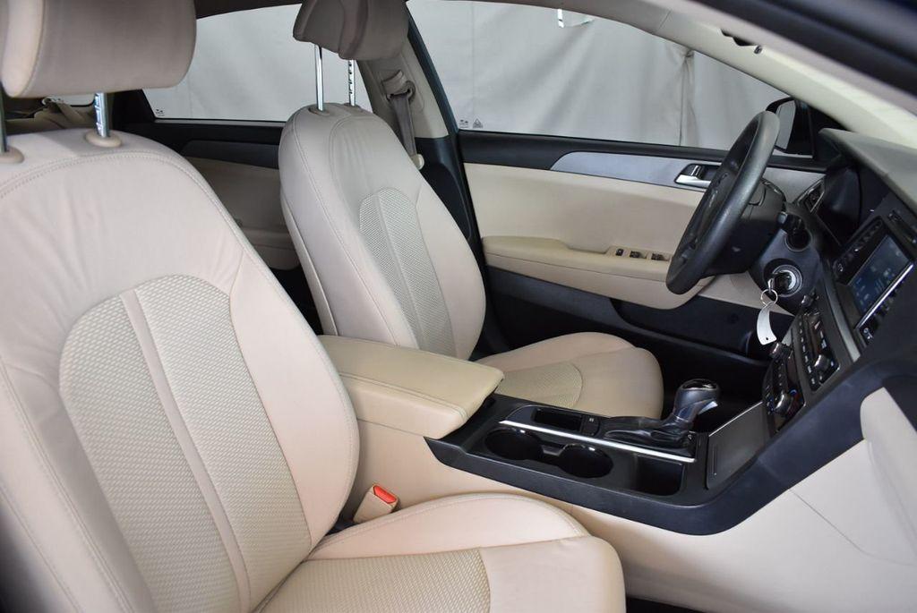 2016 Hyundai Sonata 4dr Sedan 2.4L SE - 18010832 - 24