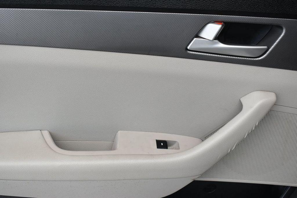 2016 Hyundai Sonata 4dr Sedan 2.4L SE - 18025432 - 11