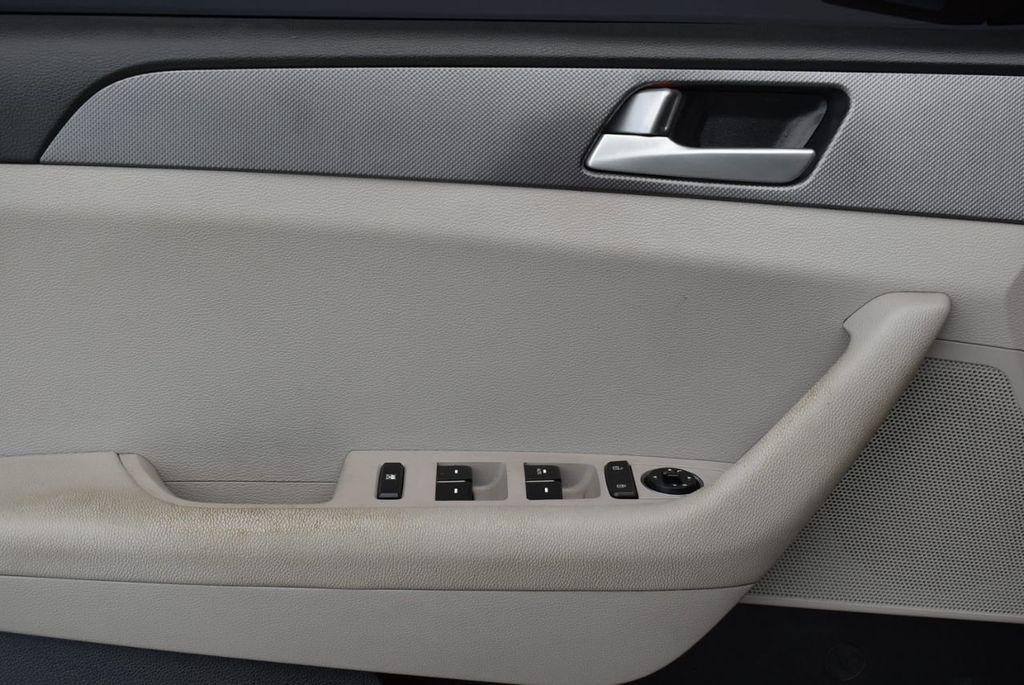 2016 Hyundai Sonata 4dr Sedan 2.4L SE - 18025432 - 13