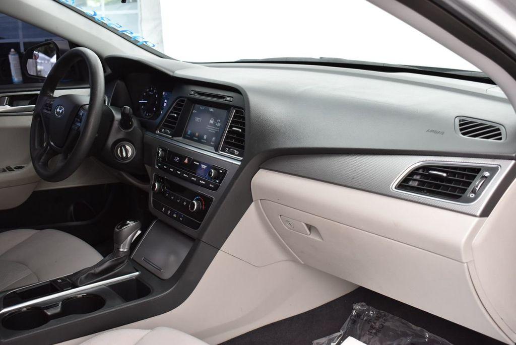 2016 Hyundai Sonata 4dr Sedan 2.4L SE - 18025432 - 15