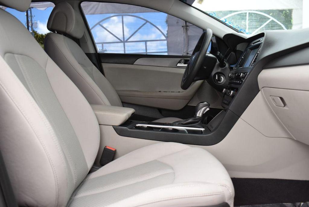 2016 Hyundai Sonata 4dr Sedan 2.4L SE - 18025432 - 16