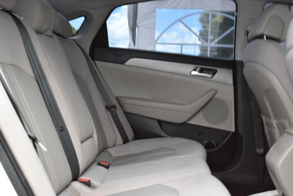 2016 Hyundai Sonata 4dr Sedan 2.4L SE - 18025432 - 18