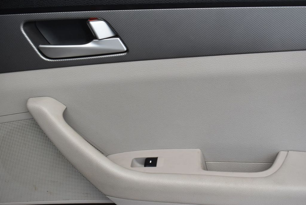 2016 Hyundai Sonata 4dr Sedan 2.4L SE - 18025432 - 19