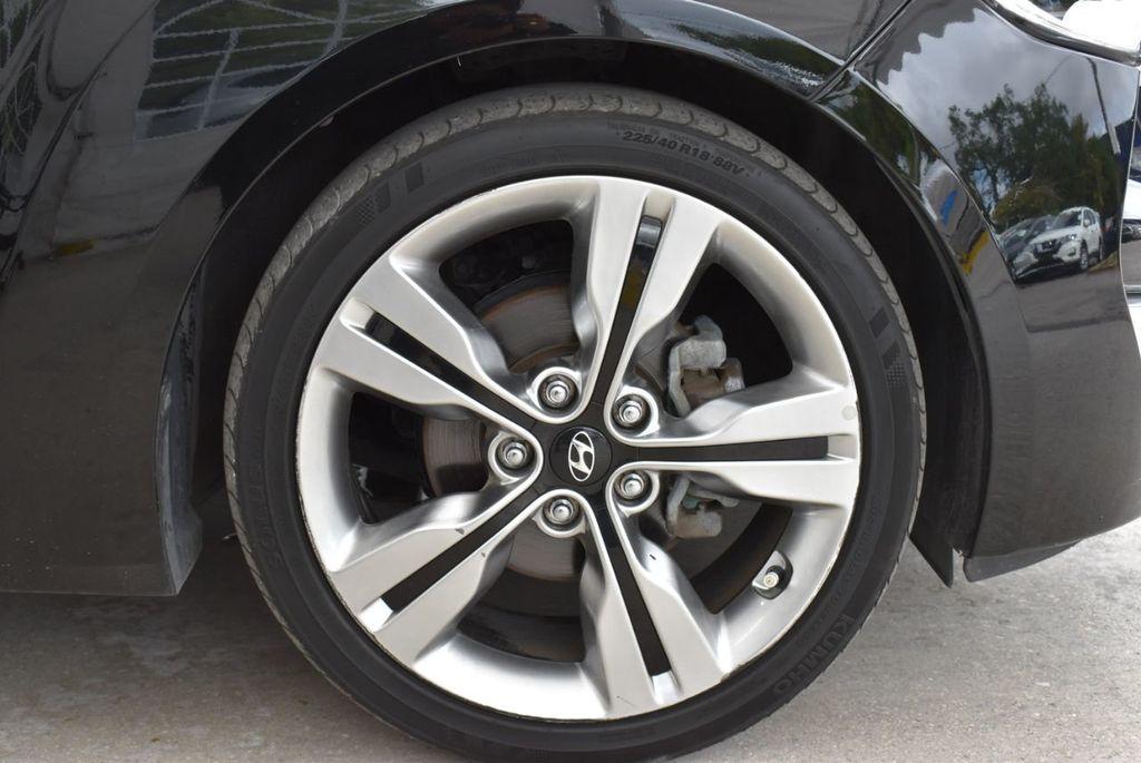 2016 Hyundai Veloster  - 18712676 - 9