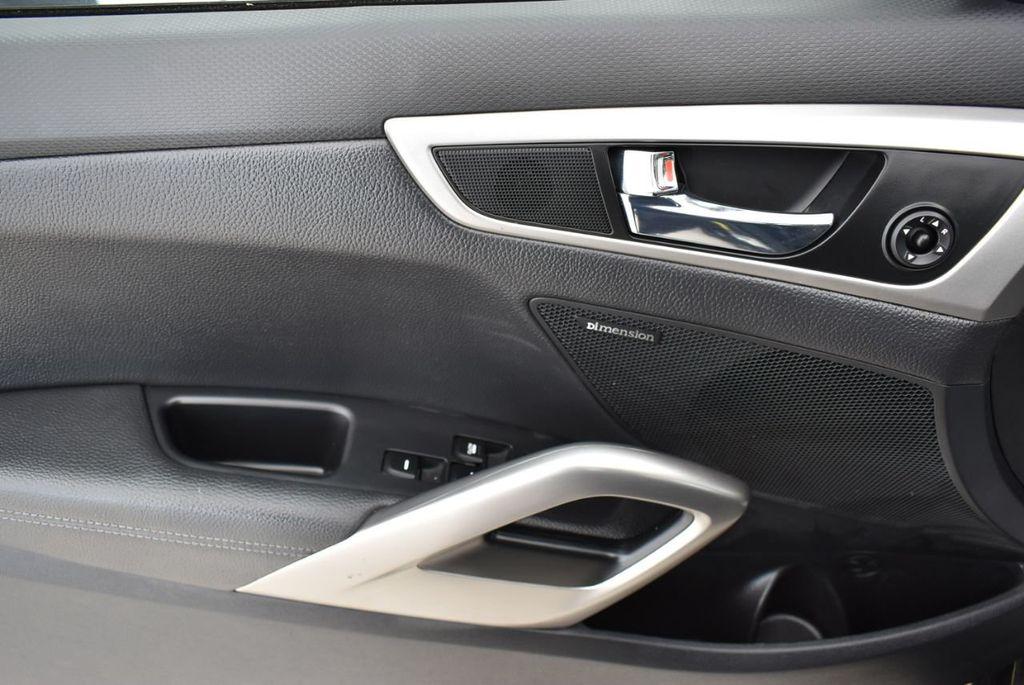 2016 Hyundai Veloster  - 18712676 - 11