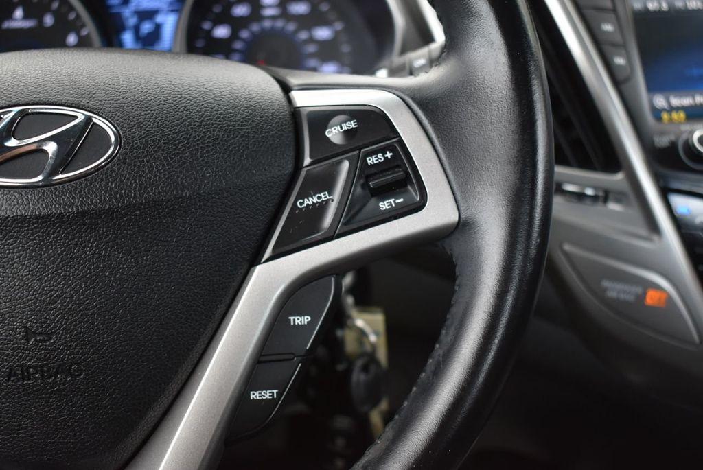 2016 Hyundai Veloster  - 18712676 - 19