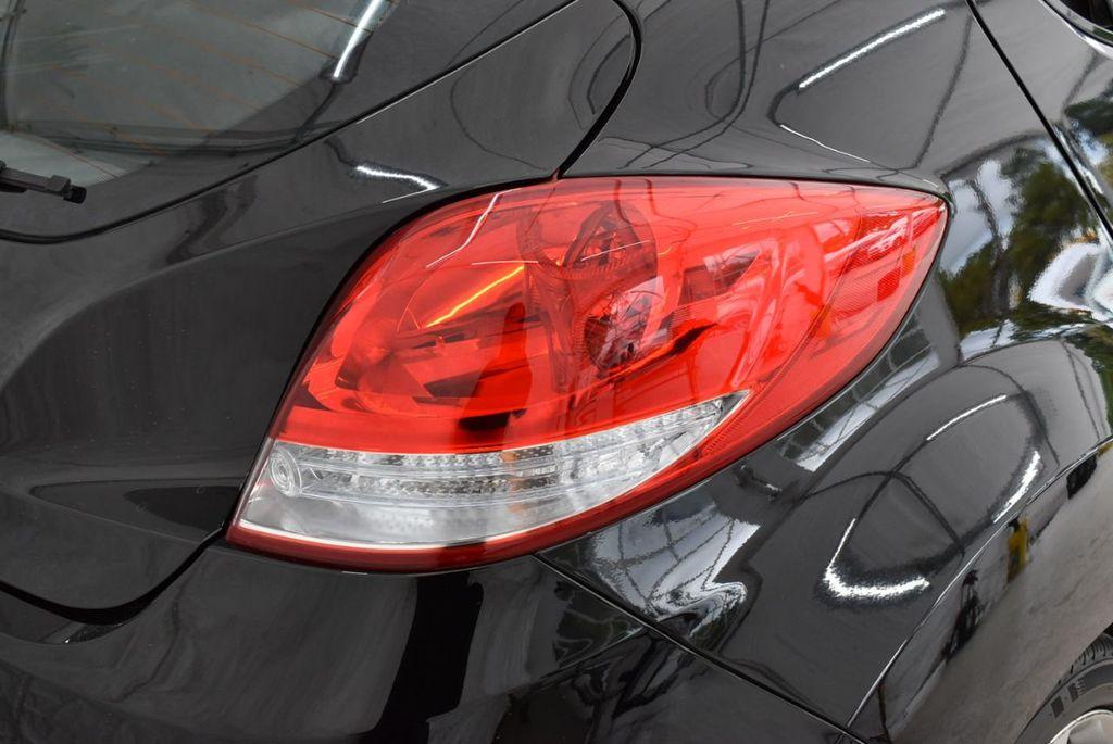 2016 Hyundai Veloster  - 18712676 - 4