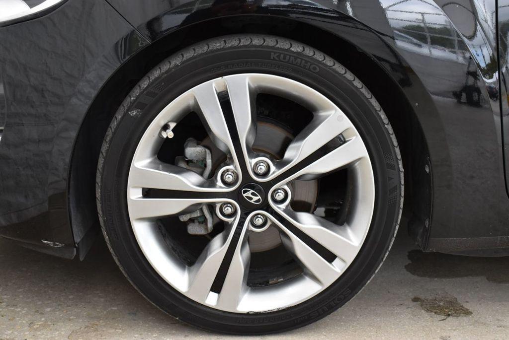 2016 Hyundai Veloster  - 18712676 - 6