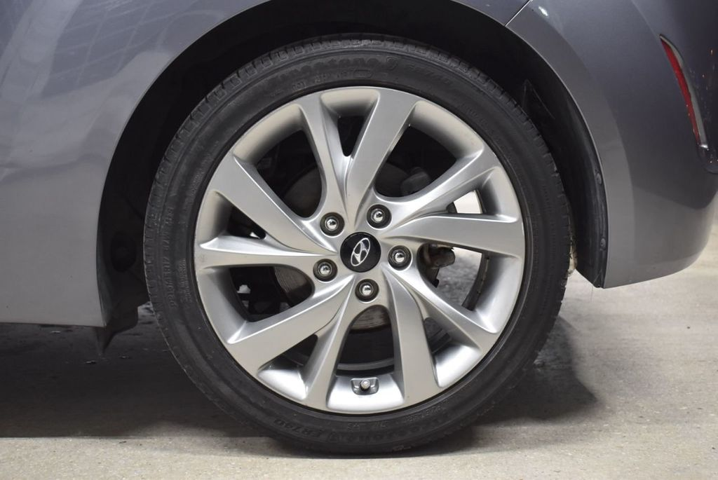 2016 Hyundai Veloster 3dr Coupe Automatic - 17136961 - 10
