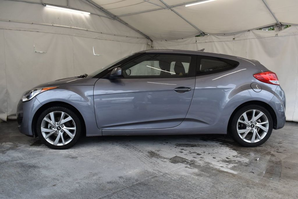 2016 Hyundai Veloster 3dr Coupe Automatic - 17678679 - 4