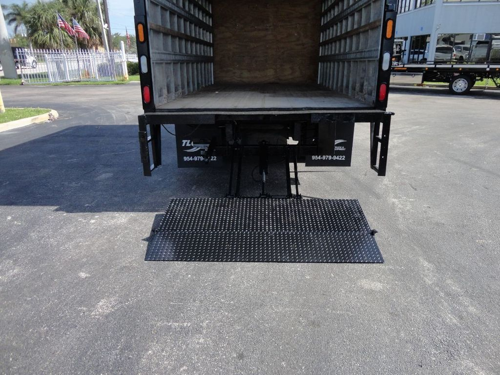 2016 Isuzu NPR HD 16FT DRY BOX TRUCK . TUCK UNDER LIFTGATE CARGO TRUCK - 17788207 - 17
