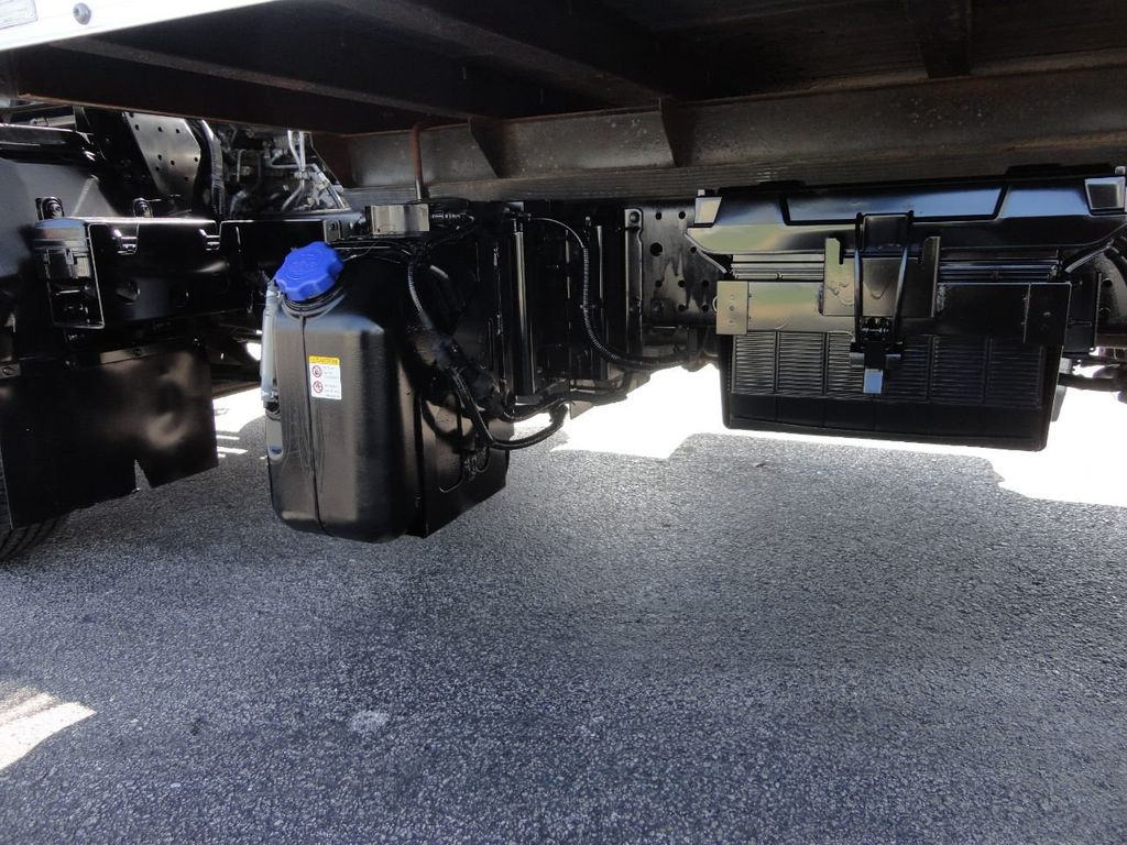 2016 Isuzu NPR HD 16FT DRY BOX TRUCK . TUCK UNDER LIFTGATE CARGO TRUCK - 17788207 - 24