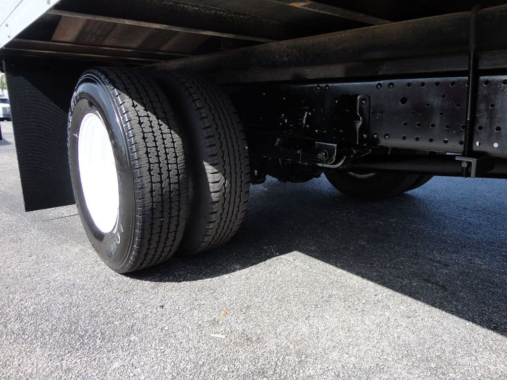 2016 Isuzu NPR HD 16FT DRY BOX TRUCK . TUCK UNDER LIFTGATE CARGO TRUCK - 17788207 - 28