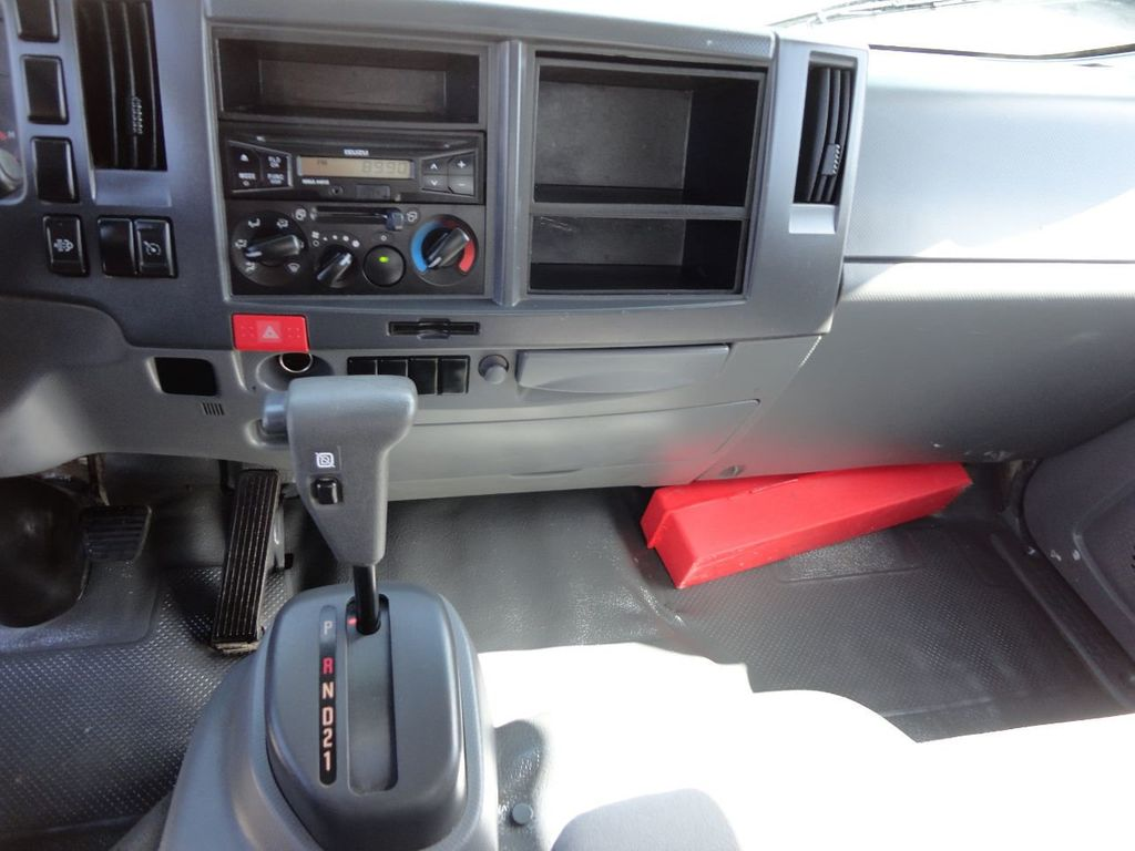 2016 Isuzu NPR HD 16FT DRY BOX TRUCK . TUCK UNDER LIFTGATE CARGO TRUCK - 17788207 - 34